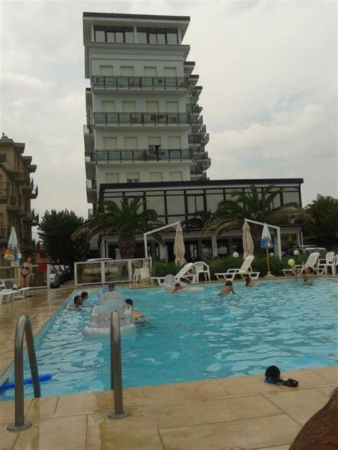 gabbiano senigallia hotel gabbiano senigallia italie voir les tarifs et