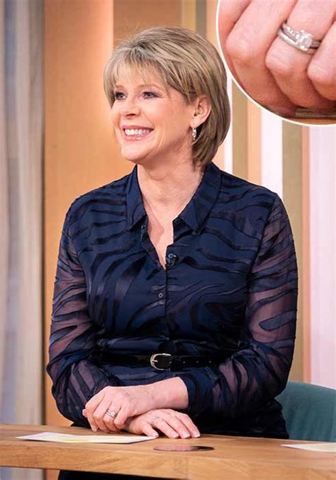 ruth langsford wedding ring loose women stars engagement rings see the rings worn by