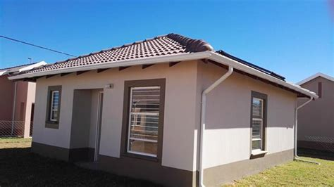 houses to buy in bloemfontein houses to buy in bloemfontein 28 images buy in ehrilch park p24 105024399 jawitz