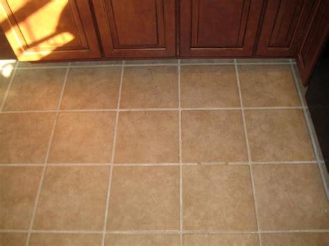 types of flooring for kitchen atemberaubend types of kitchen floor tiles flooring togeth on kitchen real wood flooring in