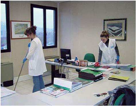 lavoro pulizie uffici pulizie professione pulito