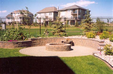 pie shaped backyard landscaping ideas pie shaped backyard landscaping ideas home apartment