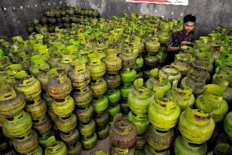 Tabung Elpiji 3 Kg Dari Pertamina pertamina tambah pasokan elpiji 3 kg di garut republika