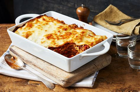 Lasagna Beef Size Family simple lasagne easy lasagne recipe tesco real food