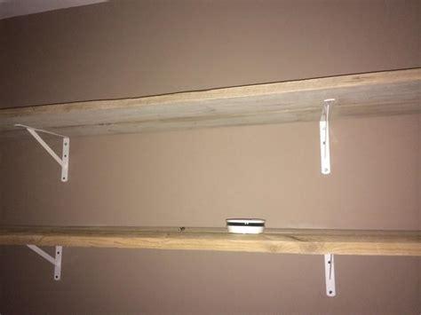 Planken Aan De Muur by Vier Eikenhouten Planken Aan Muur Bevestigen Werkspot