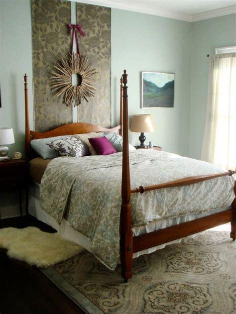 tete de lit m t 234 te de lit papier peint en bois ou matelass 233 e laquelle