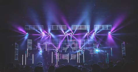 pretty lights nye 2018 pretty lights live collabs with michal menert covers