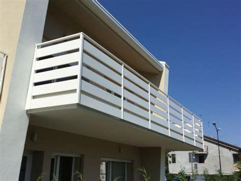 ringhiere per terrazzi prezzi emejing ringhiere terrazzi contemporary idee arredamento