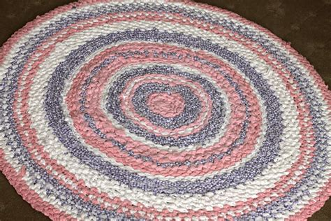 rag rug how to by day crafter by think outside the sugar bee crafts