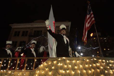 parade of lights rapid city festival of lights parade photos rapidcityjournal com