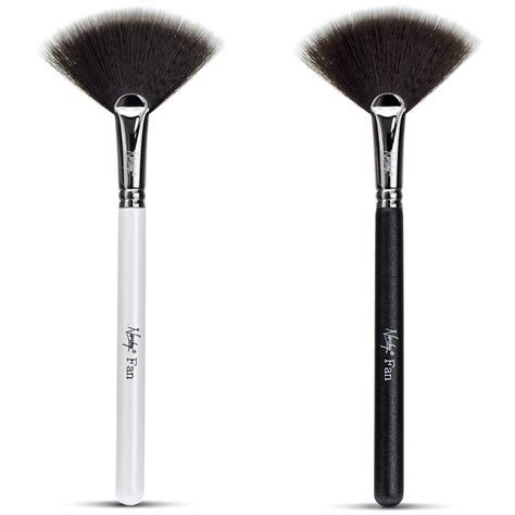 Makeup Brush fan makeup brush highlight contour with nanshy