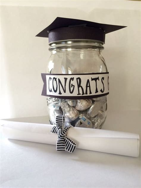 inexpensive graduation gifts the 25 best cheap graduation gifts ideas on pinterest