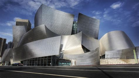 famous california architects what s the design theme and philosophy of frank gehry