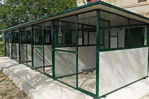 recinti per cani da esterno hairstylegalleries box cani giardino accogliente casa di cagna