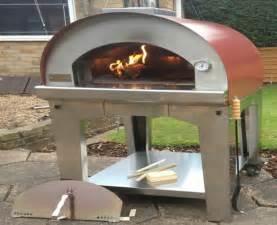 pizzaofen im garten pizzaofen im garten intregiert beste garten ideen