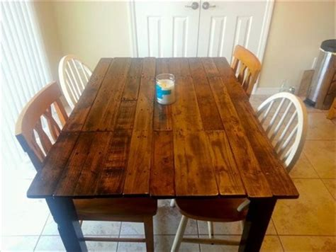diy pallet dining tables
