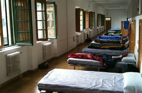camino de santiago hostels sleep tight don t let the bedbugs bite creative travel
