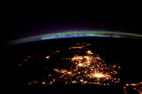 northern lights from space space in images 2016 06 united kingdom and northern