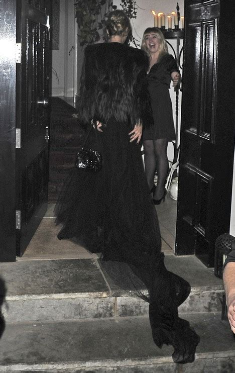 Kate Moss Arrives Home To Continue 34 Hour Marathon Birthday by All Lionel Richie Kicks Kate Moss S