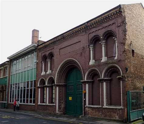 Former cinema in Castle Street,... © Roger Kidd ... A-paper