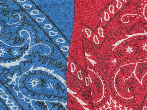 pattern gang file red and blue bandannas jpg wikipedia