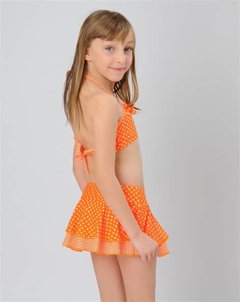 underage sexy lovely small dot swimwear for little girl
