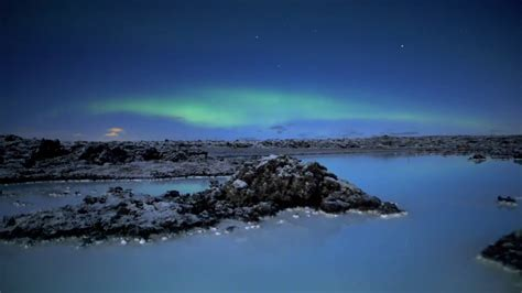 iceland blue lagoon northern lights blue lagoon iceland with northern lights