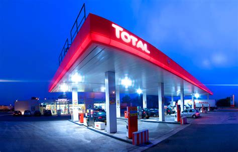 Total Garage Franchise by Buy A Like New Total Garage Jhb East Prime Position For