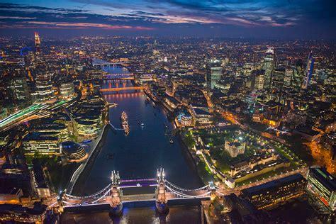 London City At Night | WeNeedFun