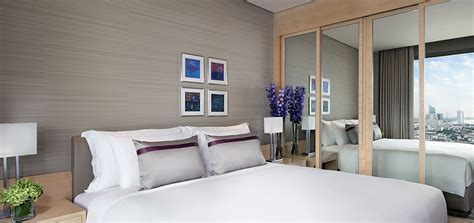 bangkok 3 bedroom suite h 244 tels bord de rivi 232 re bangkok suites avani avec vue sur