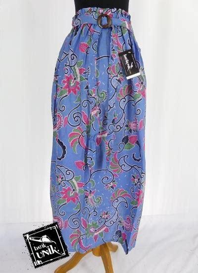 Rok Panjang Motif Batik Biru rok panjang batik cantik motif subang bulu sayap bawahan