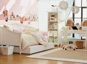 Bedrooms For Girls by Teen Room For Girls