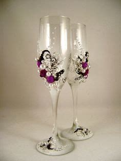 gorgeous wedding chagne glasses hand decorated by