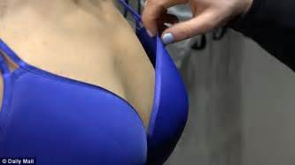 7 Signs Of An Ill Fitting Bra by Expert Demonstrates Three Common Bra Mistakes
