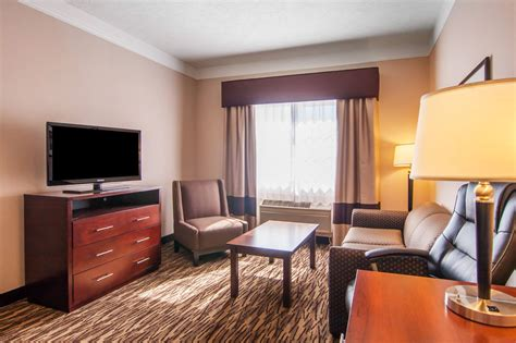 comfort suites salem comfort suites salem in salem hotel rates reviews in