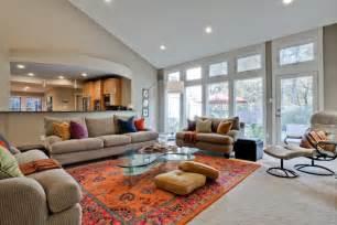 tapis persan dans le salon contemporain en 33 exemples