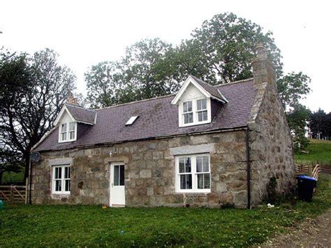 Farm Cottages by Glenbuchat Heritage 52 Blackhillock Farm Cottage