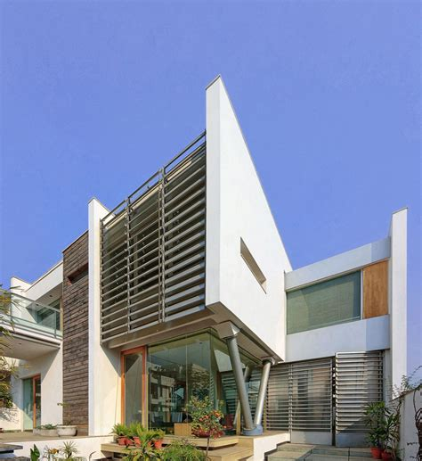 modern architects modernist house in india a fusion of traditional and