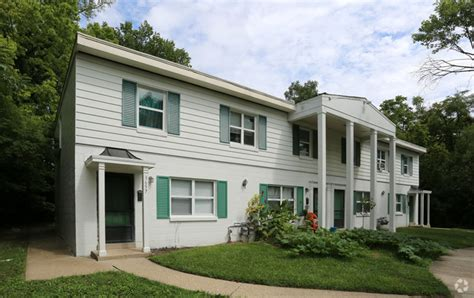 colonial appartments colonial village rentals cincinnati oh apartments com