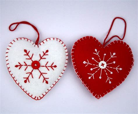 felt christmas ornament scandinavian heart christmas
