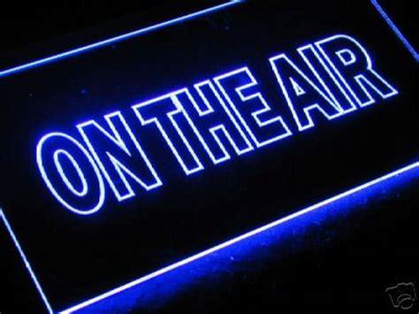 radio on air light pin on air sign radio clip art vector online royalty free