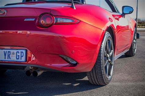 i accidentally drifted a mazda mx 5 and it was awesome
