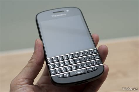 bb q10 specifications of the blackberry q10 smartphone including