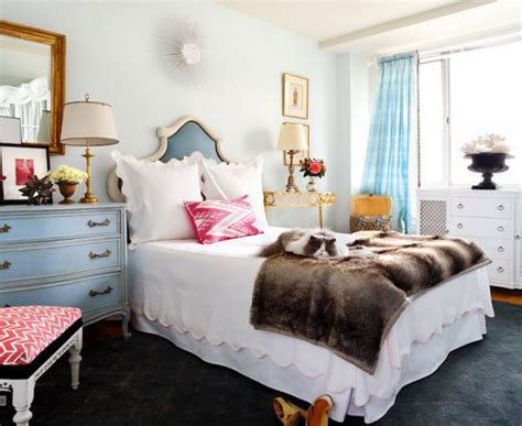 cohesively decorated mismatched bedroom furniture ideas