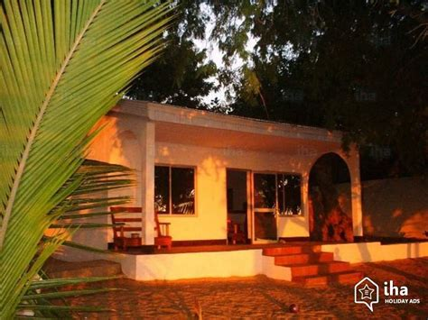 bungalow with charming facade hwbdo11716 bungalow for rent in a charming property in ifaty iha 21624