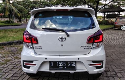 Lu Mobil Belakang Agya 6 Kekurangan Toyota Agya Oto