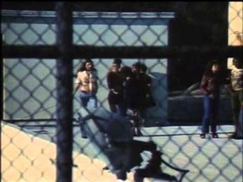 femmine in gabbia femmine in gabbia i titoli di testa