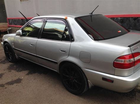 Mobil Toyota Corolla Seg 18mt new corolla 2001 seg mobilbekas