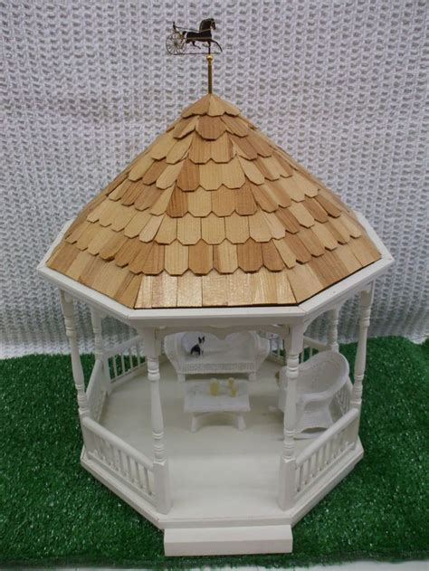 miniature gazebo 52 best dollhouse gazebos images on dollhouse