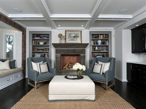 Living Room Welcomes Casual Style   Amy Studebaker   HGTV